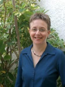 Dr. Leah Goldin